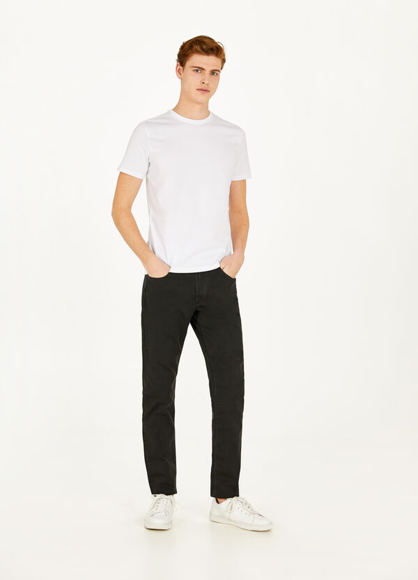 100% cotton, regular-fit trousers
