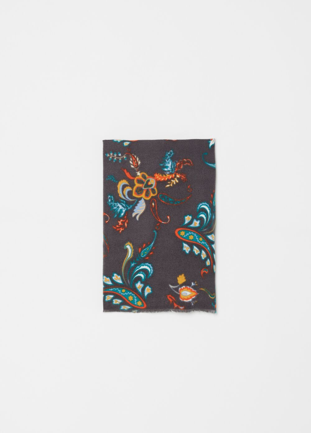 Pashmina with floral paisley pattern