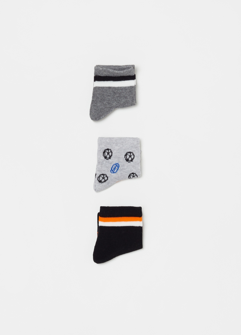 Three-pair pack short sports socks image number null