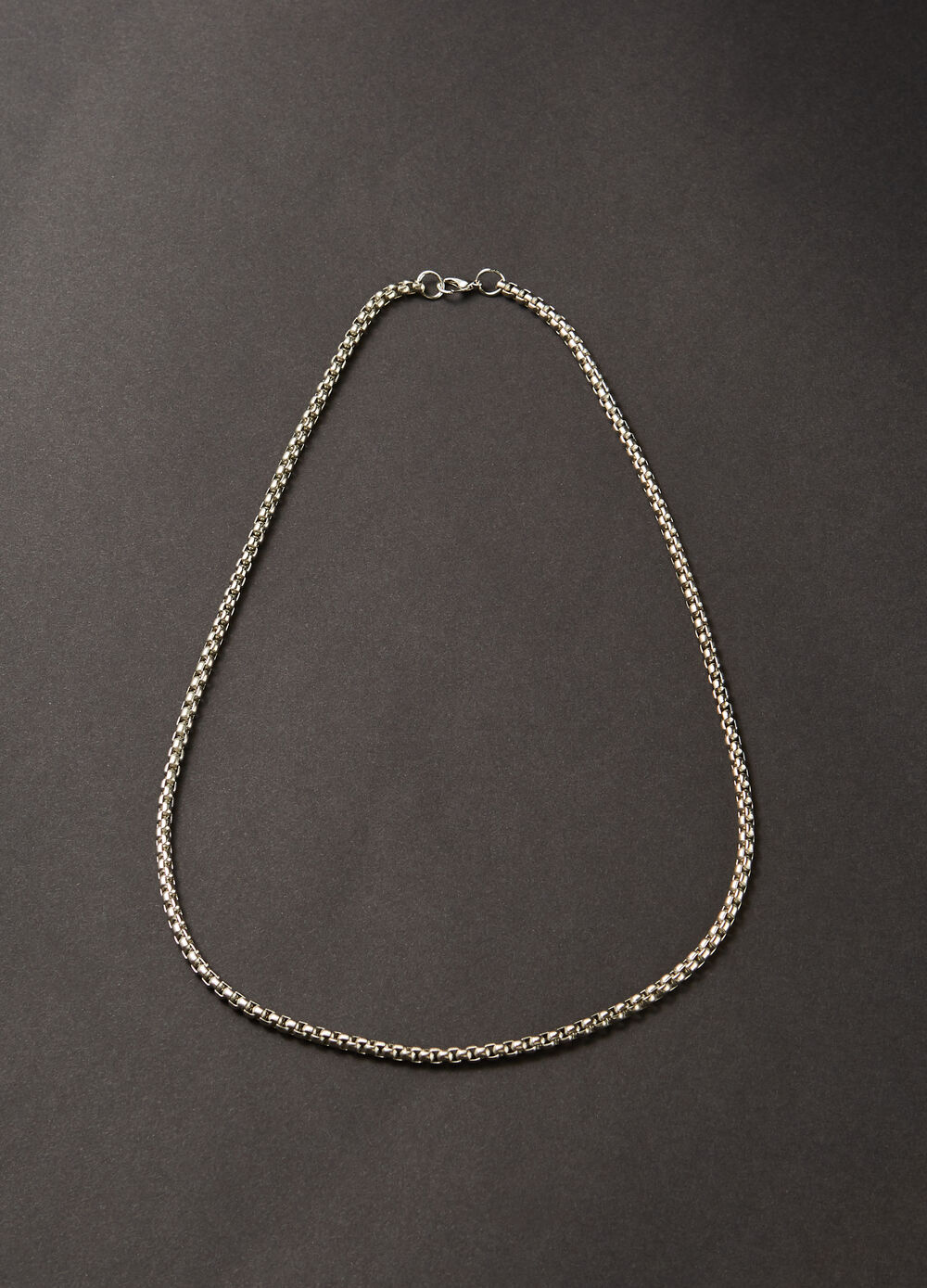 Plaited metal necklace