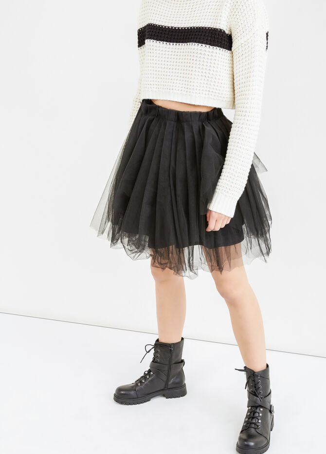 Solid colour short skirt in tulle