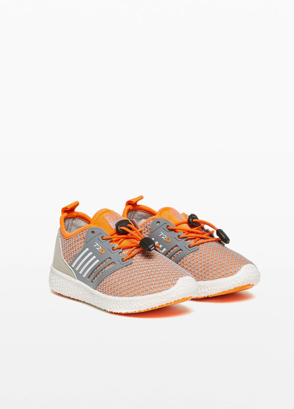 Two-tone sneakers with mesh upper