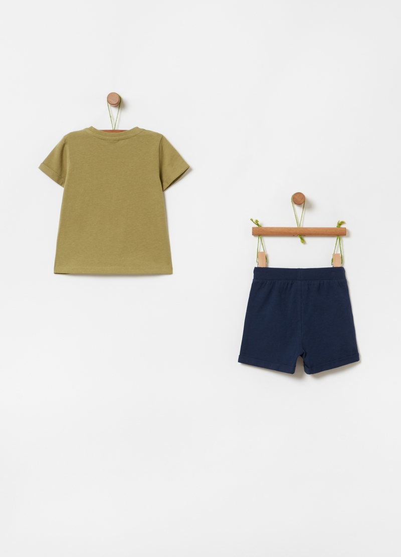 100% cotton T-shirt and shorts outfit image number null