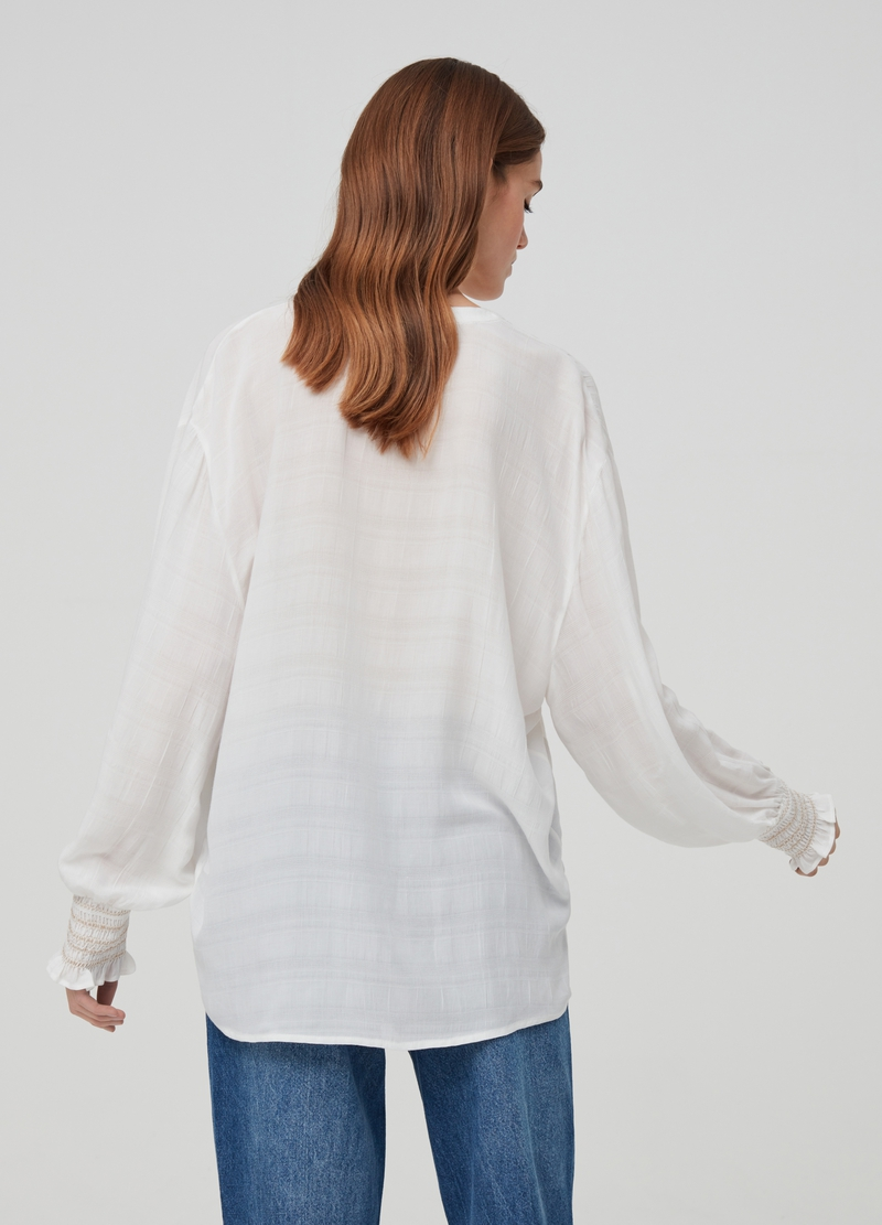 Viscose blouse with smock stitch cuffs image number null