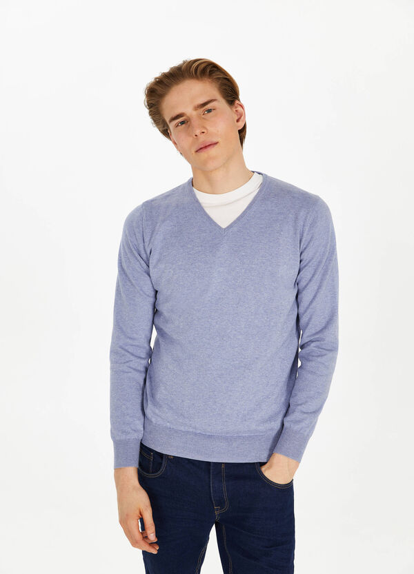 100% cotton V neck pullover