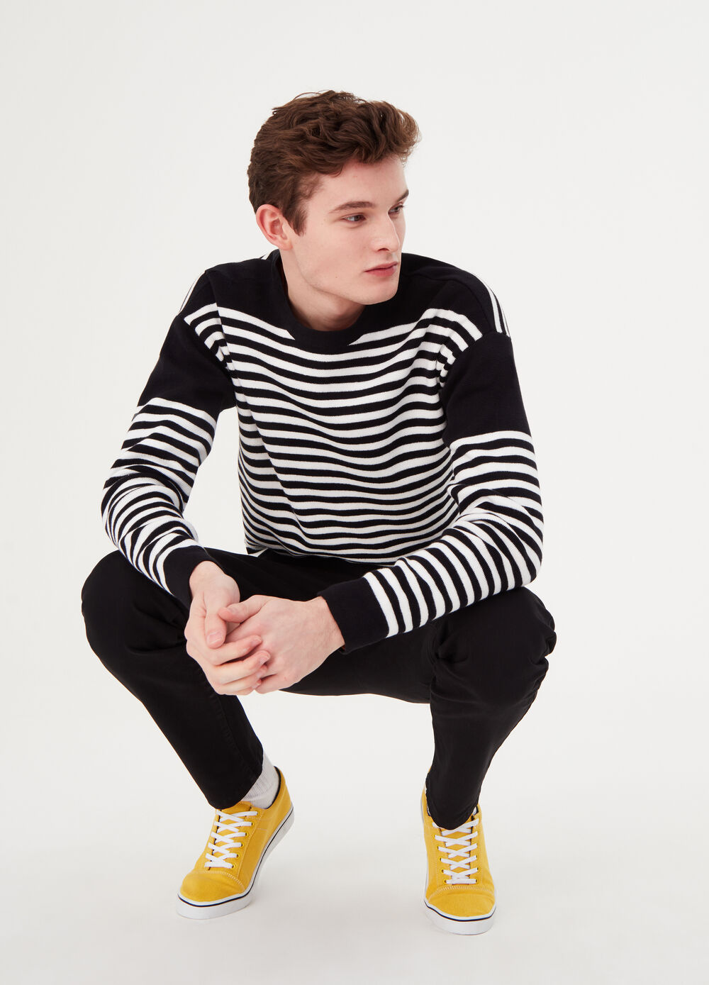 Striped cotton pullover with round neck