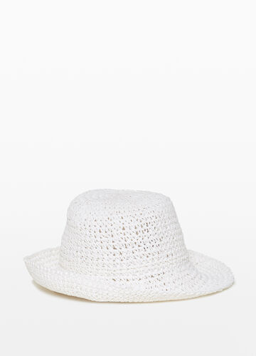 Hat with braided brim with turn-up