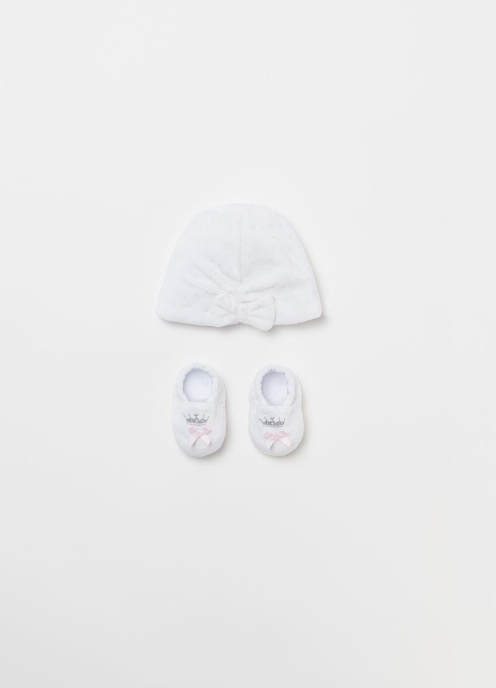 Baby hat and shoes set with bow