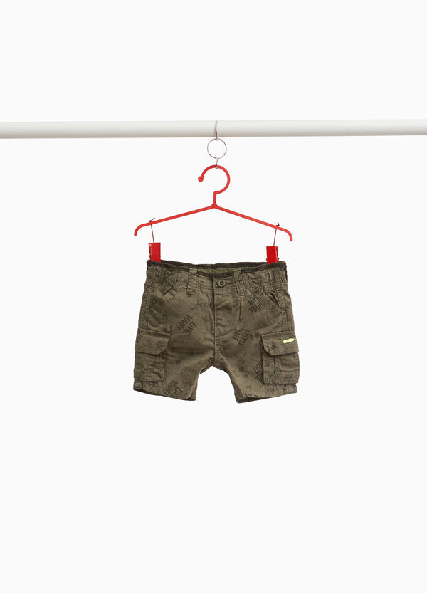 Cargo shorts in printed cotton