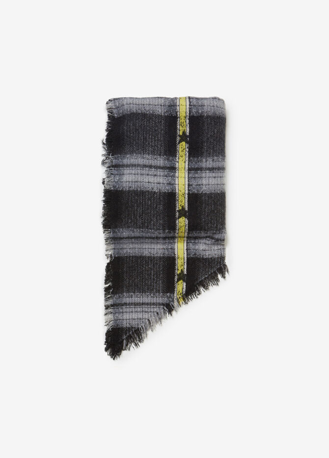 Maxi rectangular scarf with check and star pattern