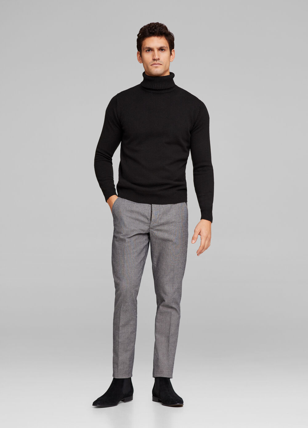 Stretch trousers with crease