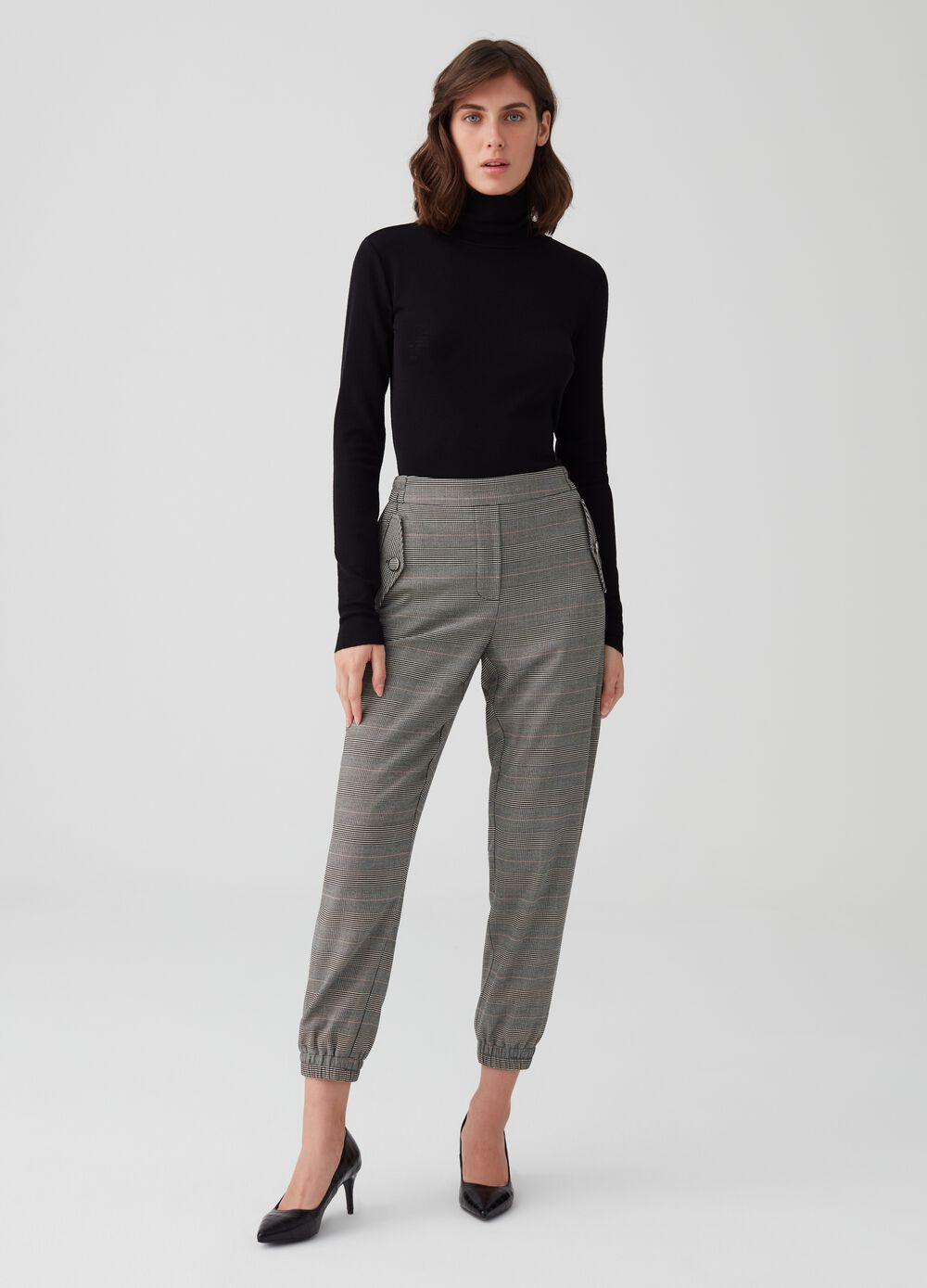 Check trousers with elastic hem
