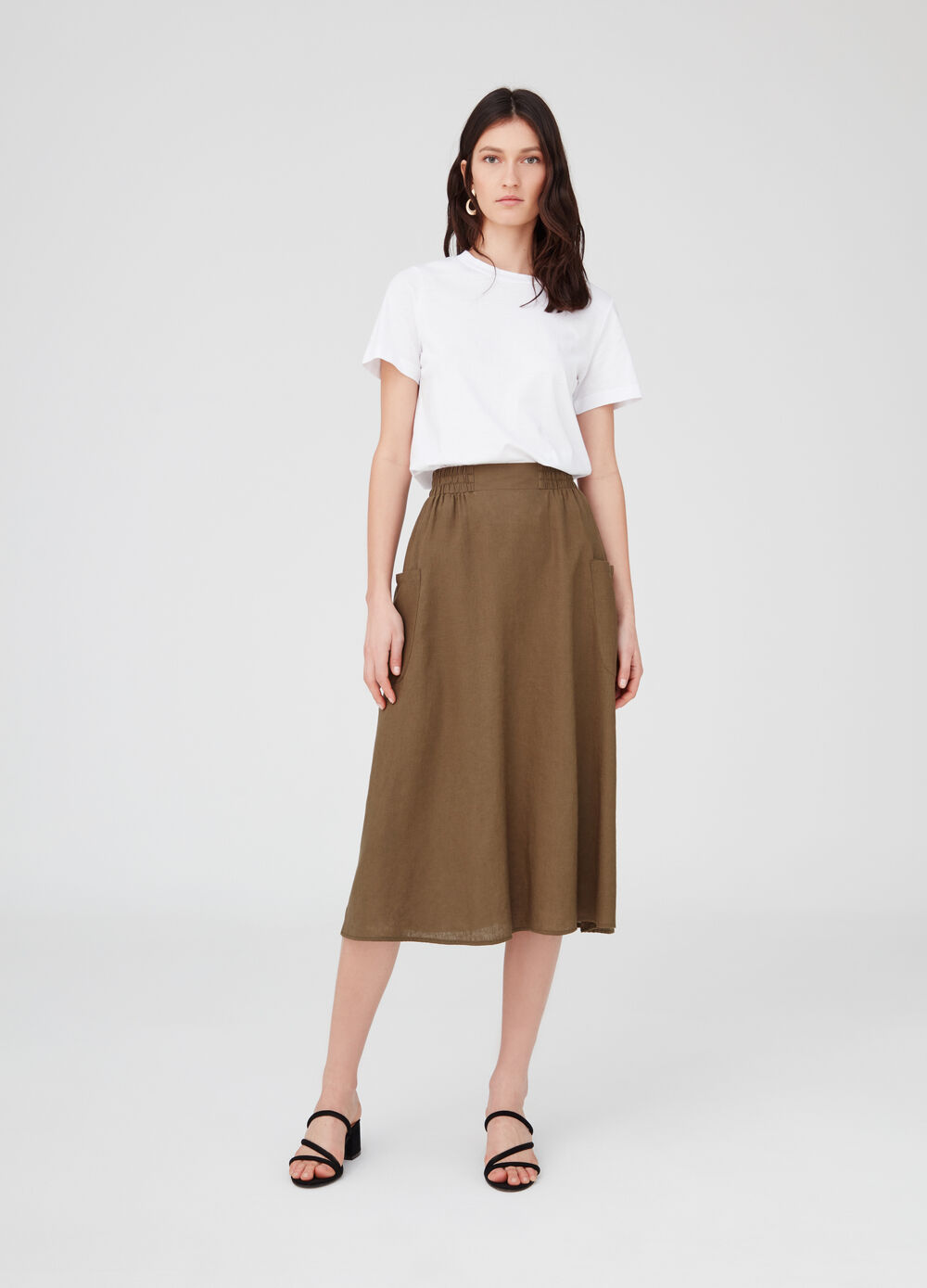 Long skirt with large side pockets