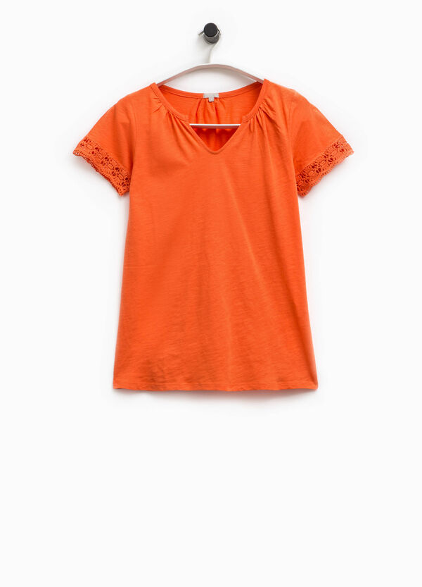 T-shirt scollo V e pizzo Smart Basic | OVS