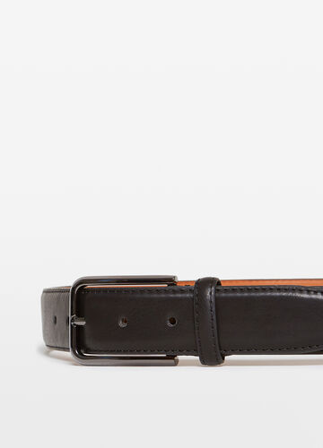 Smooth belt with rectangular buckle