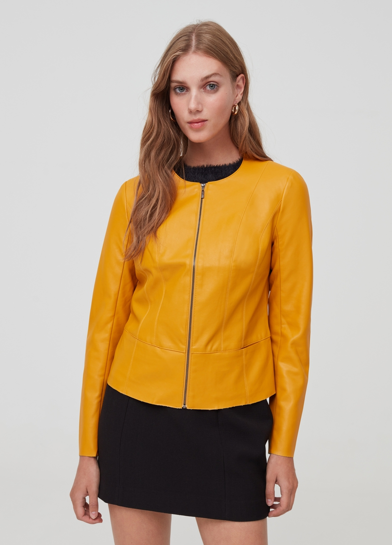 Full-zip jacket with flounce image number null