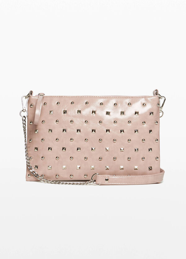 Textured clutch with studs