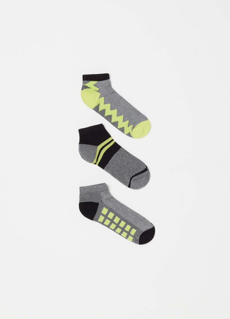 Three-pack sports ankle socks with pattern image number null