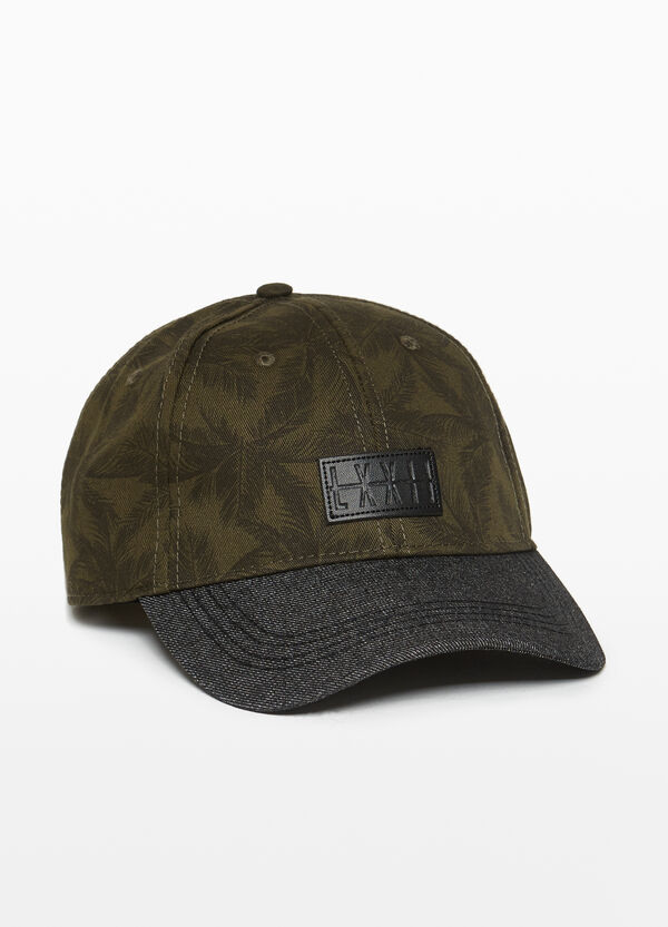 Baseball cap with palm pattern