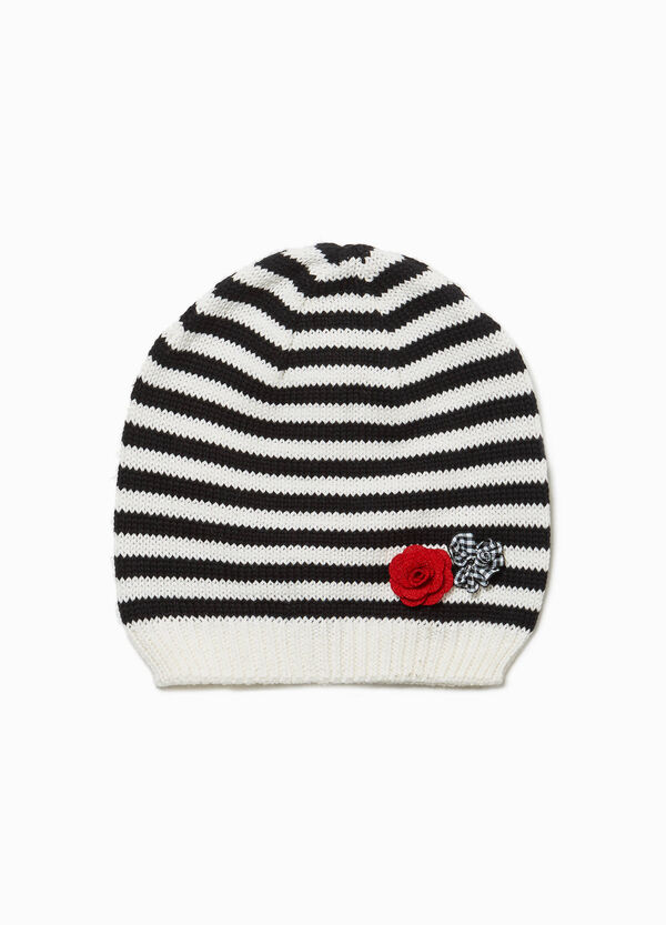 Striped knitted beanie cap with flowers