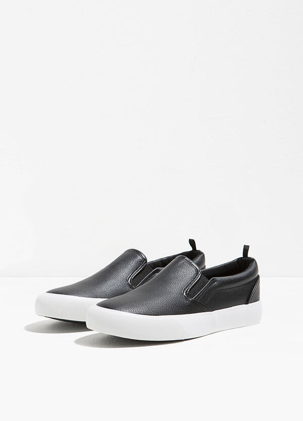 Slip-on with textured upper | OVS