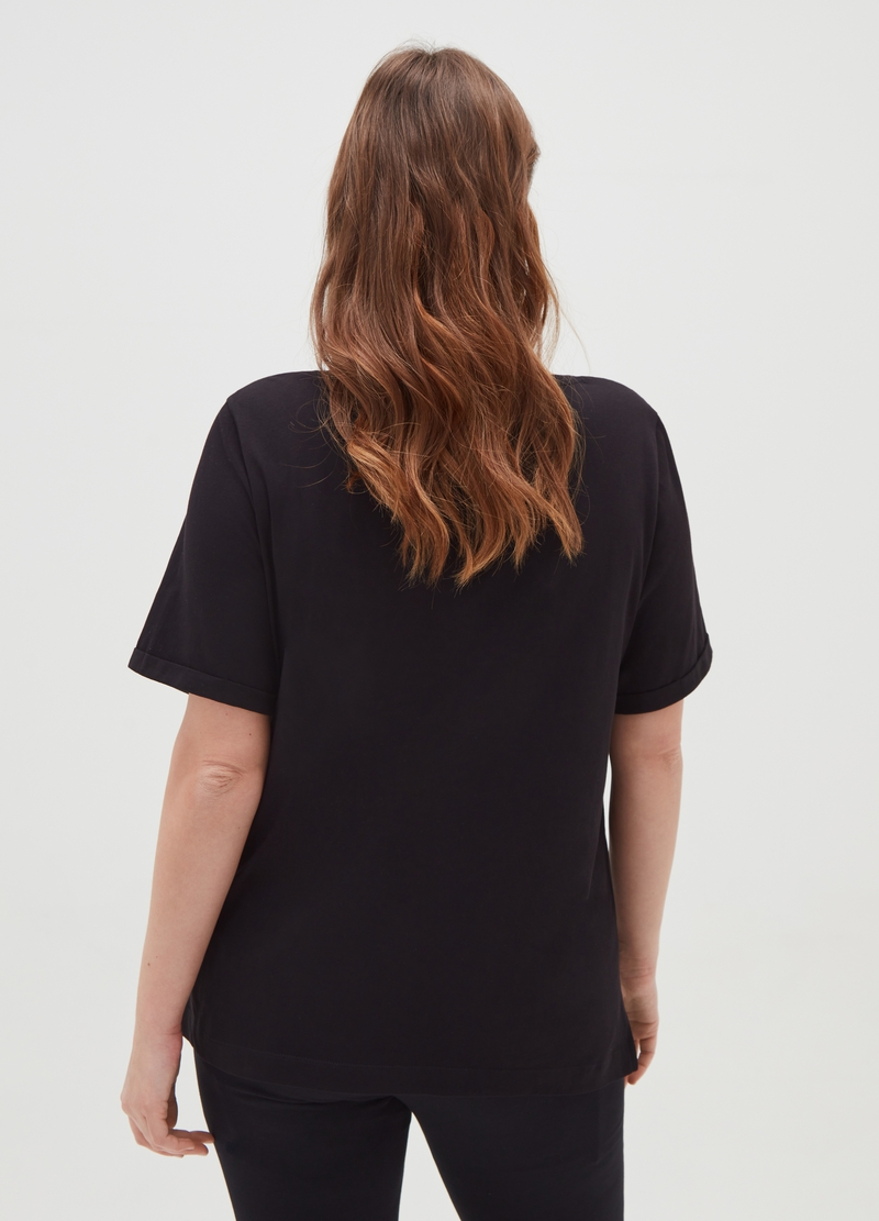 Curvy boxy-fit T-shirt with flowers print image number null