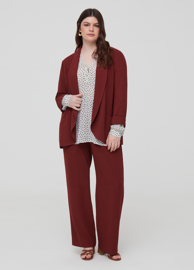 Curvy crêpe trousers with belt image number null