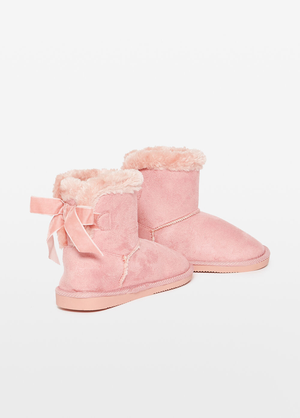 Faux fur ankle boots with bow