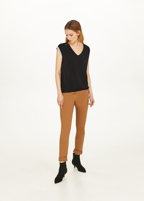 Stretch T-shirt with trim