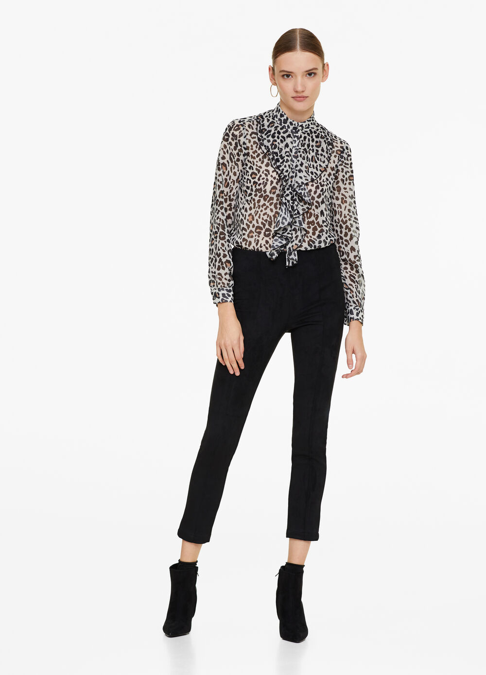 Animal blouse with flounces
