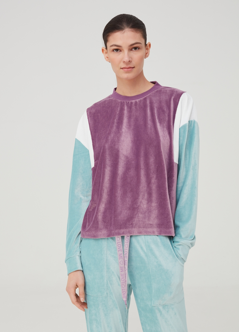 Pyjama top in colour block chenille image number null