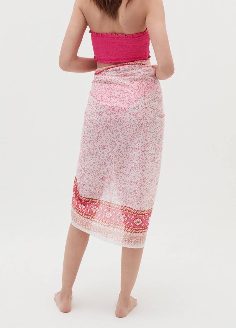 Cotton sarong with patterned print image number null