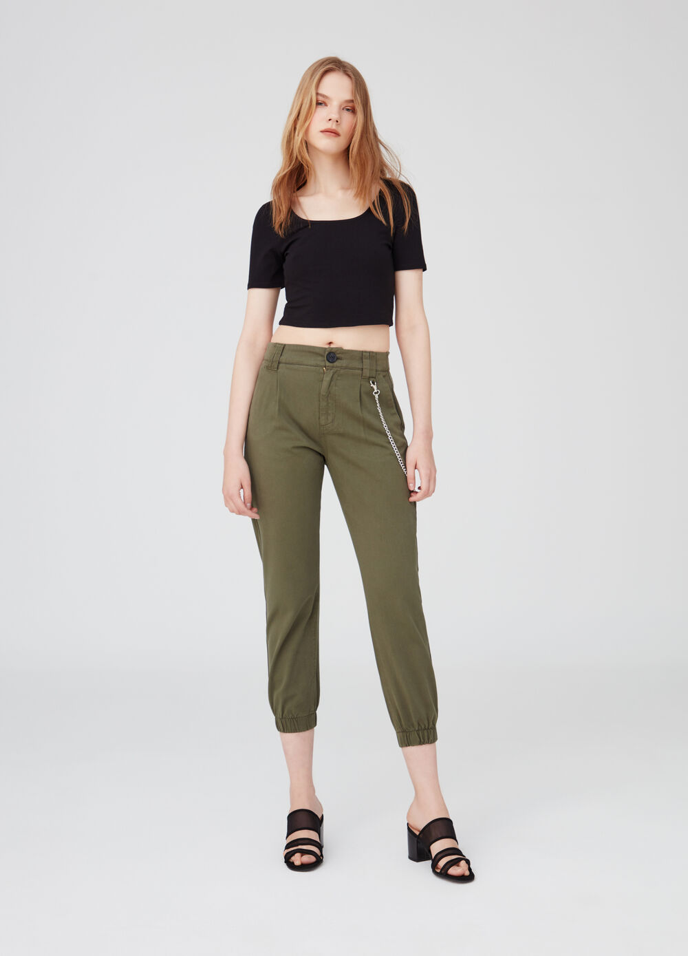 T-shirt crop stretch scollo sul retro