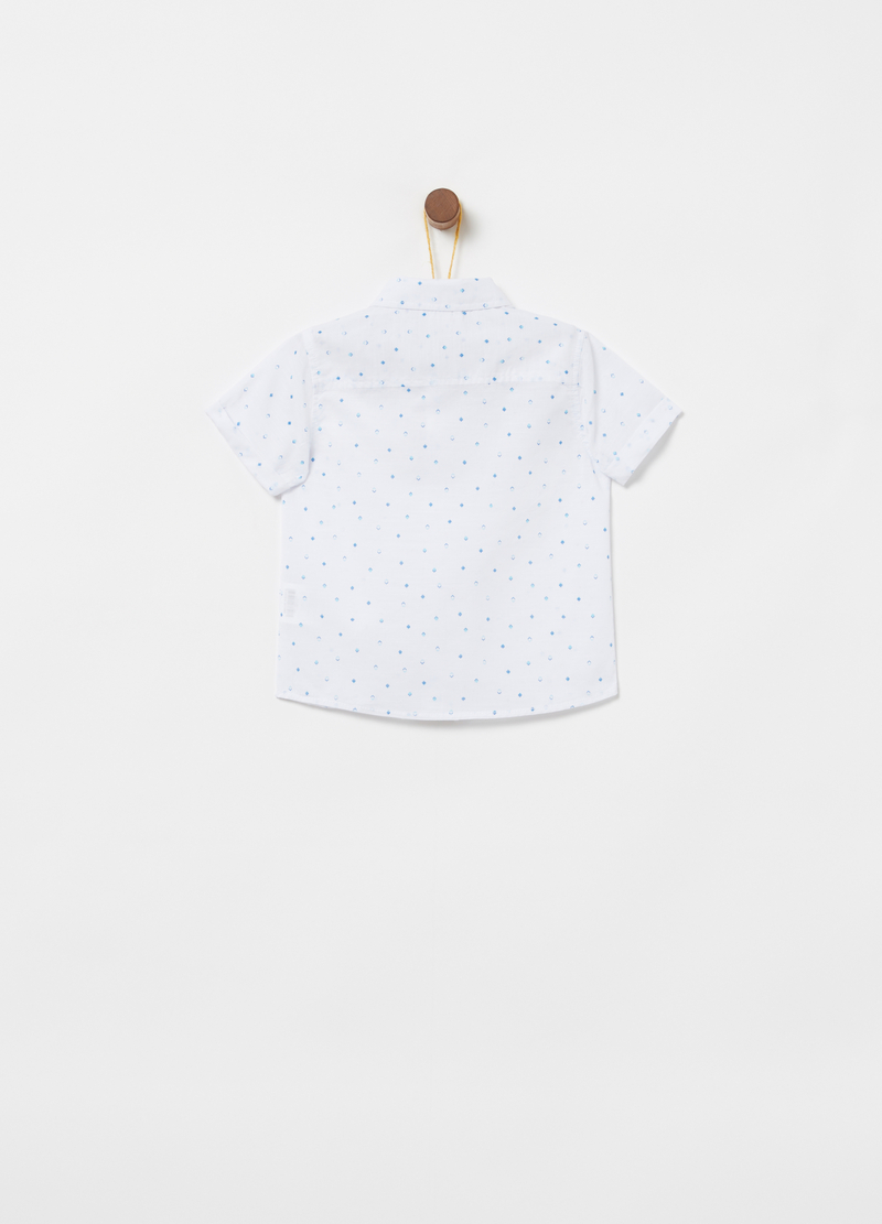 Shirt with short sleeves and pattern image number null
