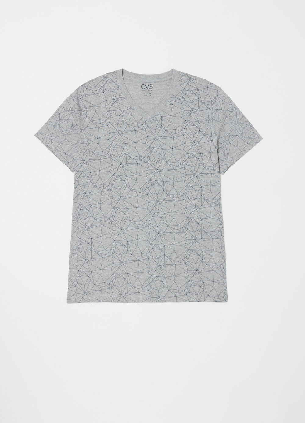Short pyjamas with V-neck T-shirt