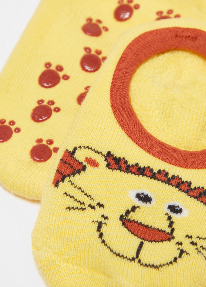 Slipper socks with lion image number null