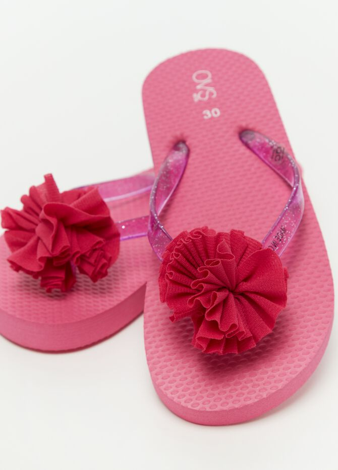 Thong sandals with glitter laces and flower