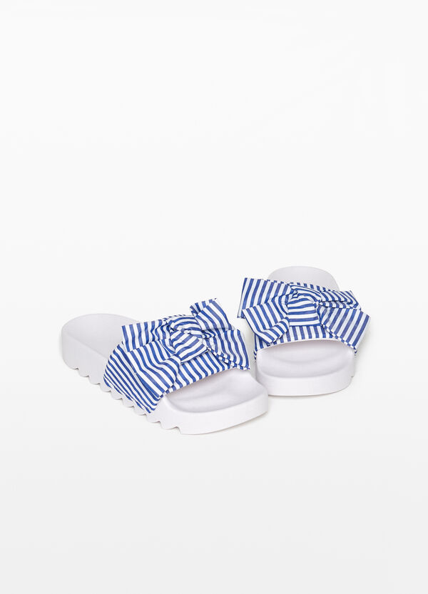 Slippers with striped upper