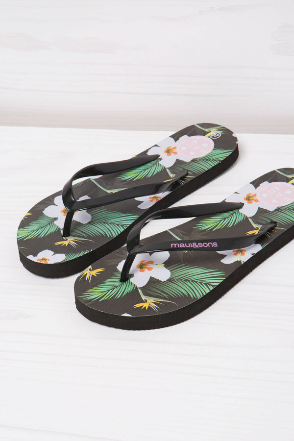 Patterned thong sandals by Maui and Sons | OVS
