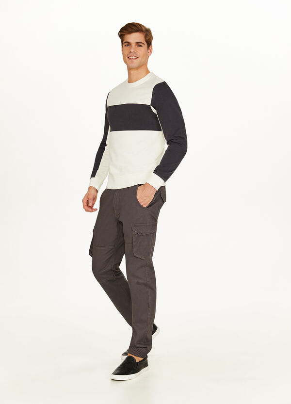 100% cotton two-tone sweatshirt