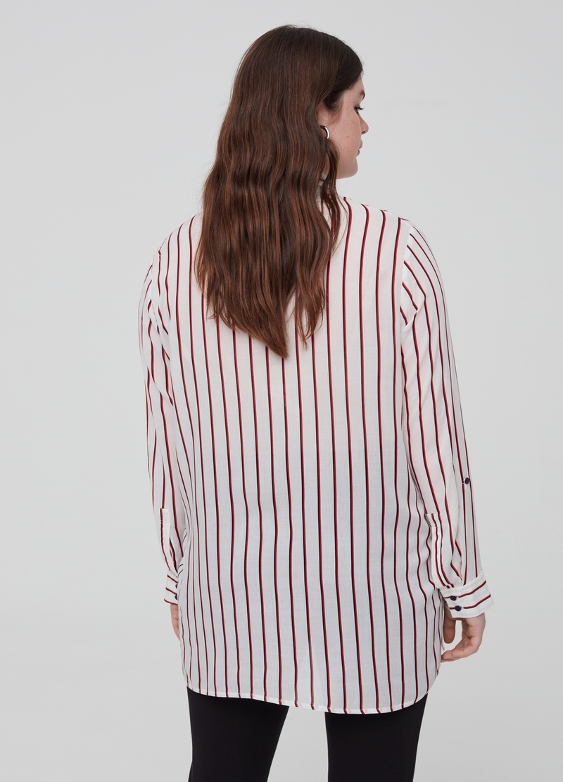Curvy patterned shirt in 100% viscose image number null