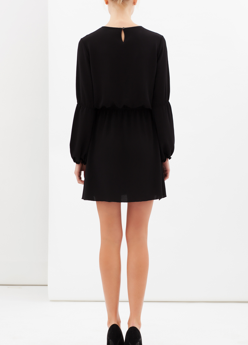 Short dress with pleats image number null