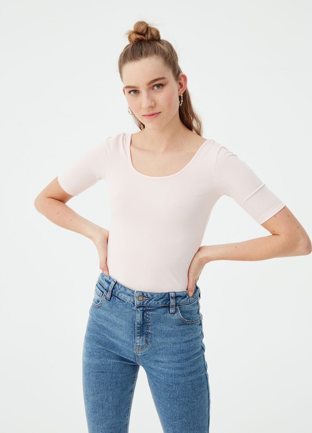 Ribbed T-shirt with plunging neckline