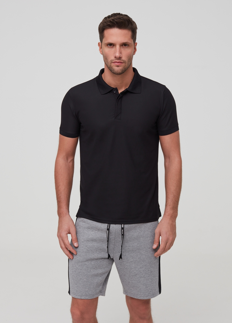 Solid colour polo shirt with buttons image number null
