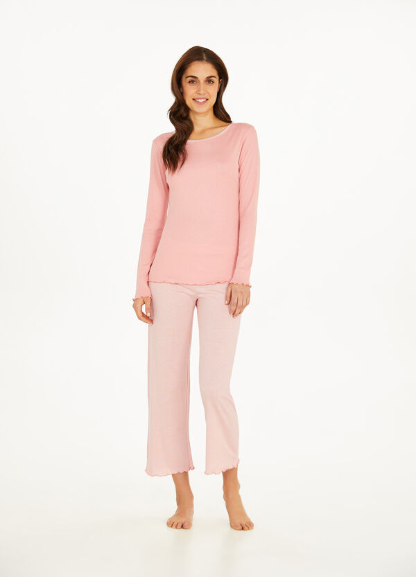 Pyjamas with wavy edge and stripes
