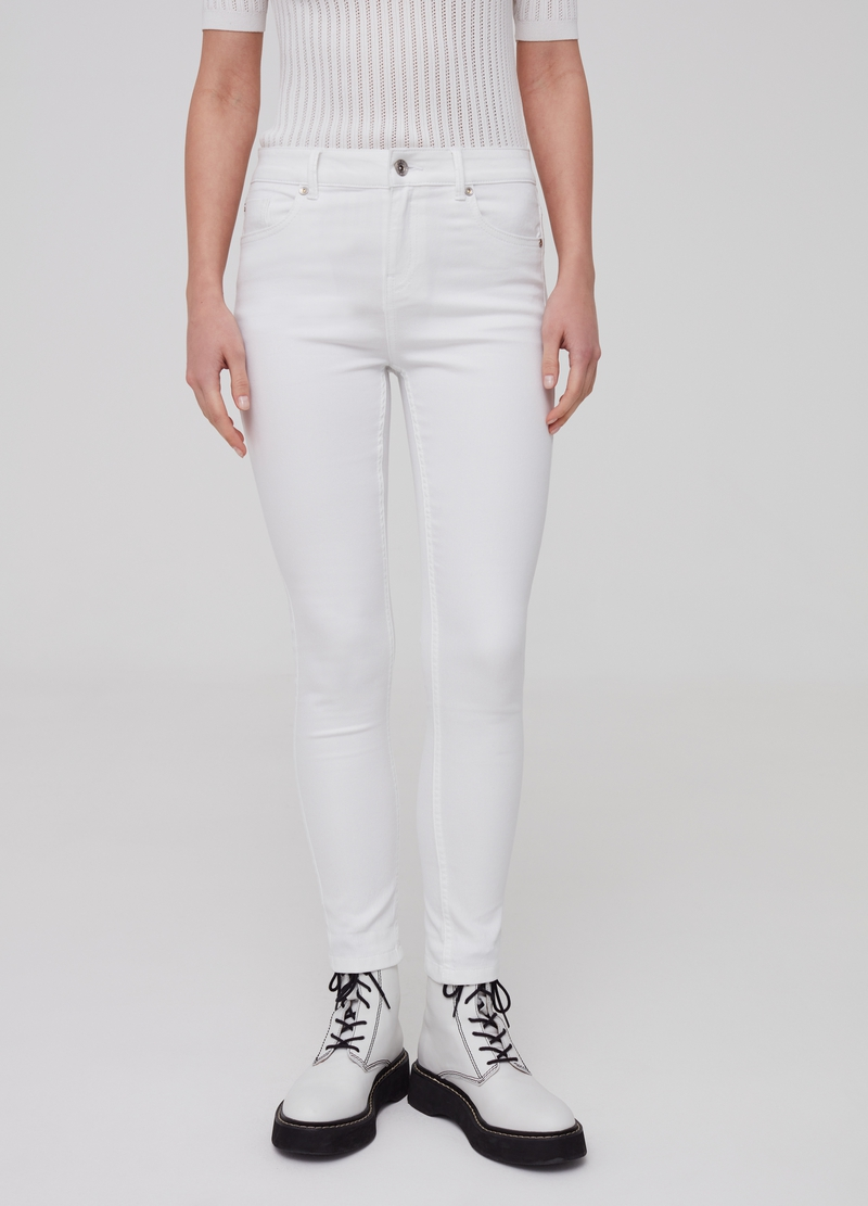 Solid colour skinny fit stretch jeans image number null