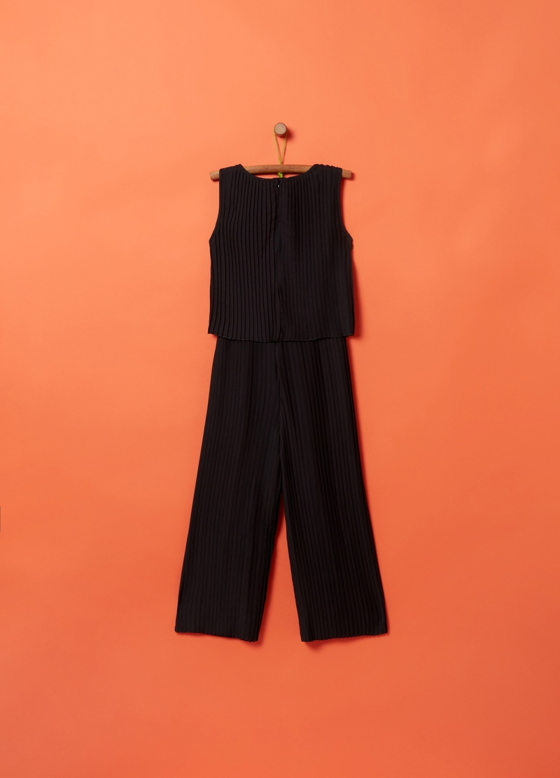 Solid colour pleated playsuit image number null