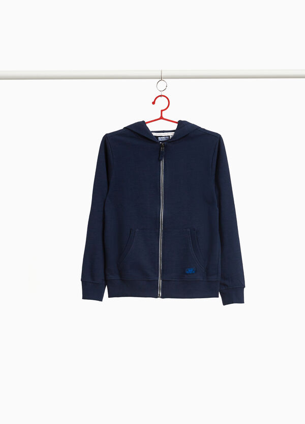 100% cotton sweatshirt with patch