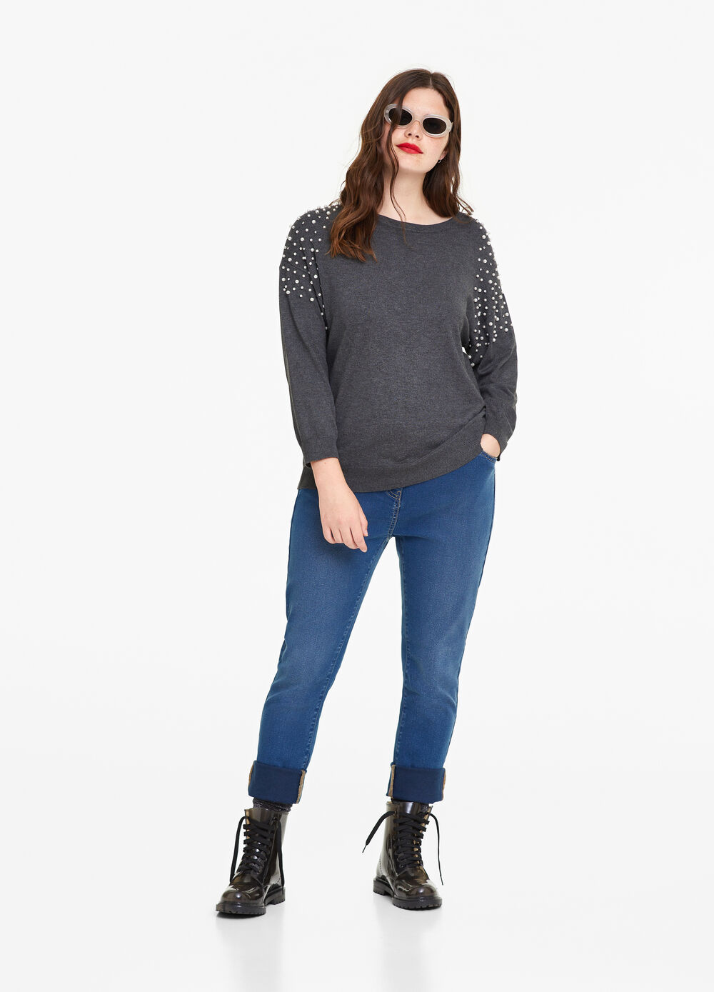 Curvy mélange pullover with beads