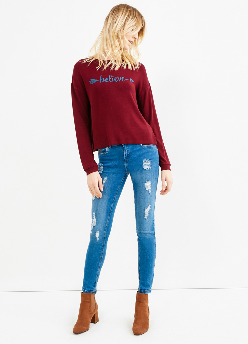 Crop sweatshirt with printed lettering image number null
